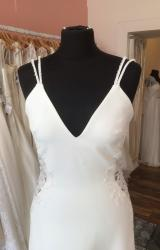La Sposa | Wedding Dress | Fit to Flare | T237F