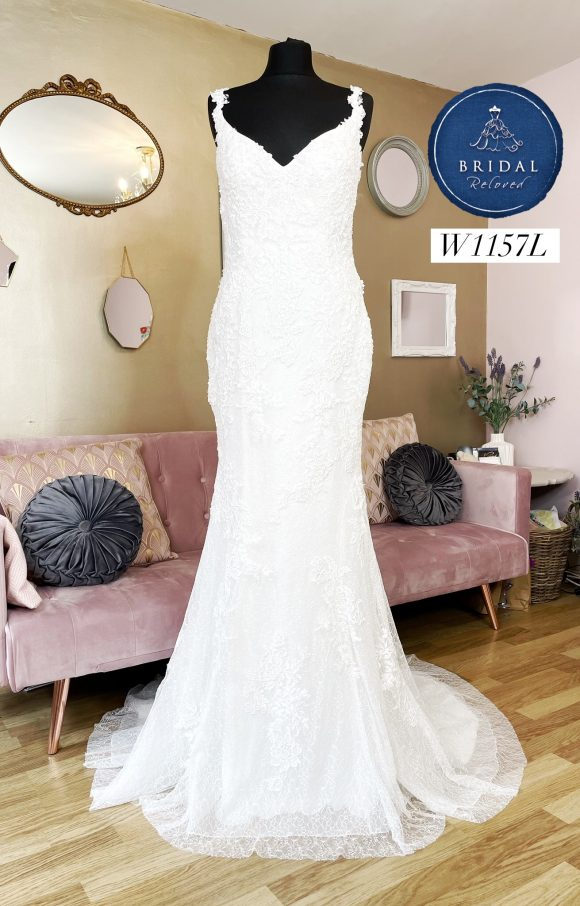 Romantica   Wedding Dress   Fit to Flare   W1157L