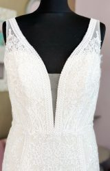 Enchanting | Wedding Dress | Fit to Flare | W1161L
