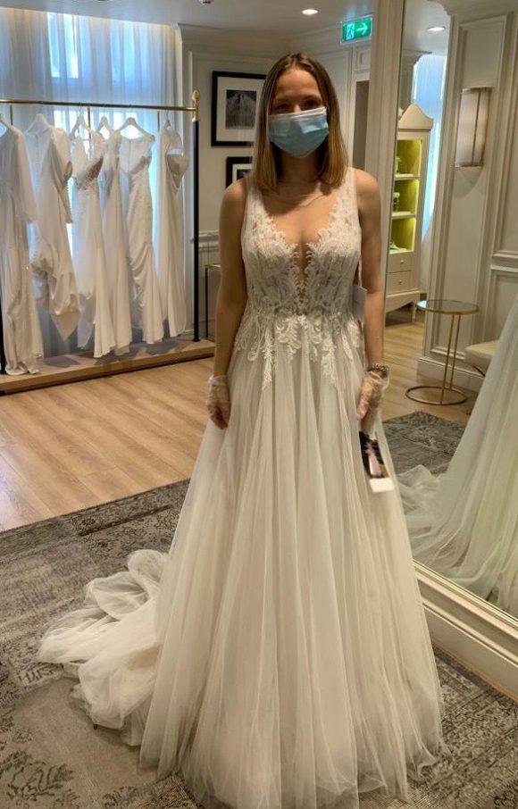 Pronovias | Wedding Dress | Sheath | C2319
