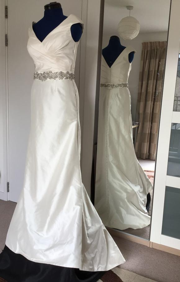Justin Alexander   Wedding Dress   Trumpet   C2401