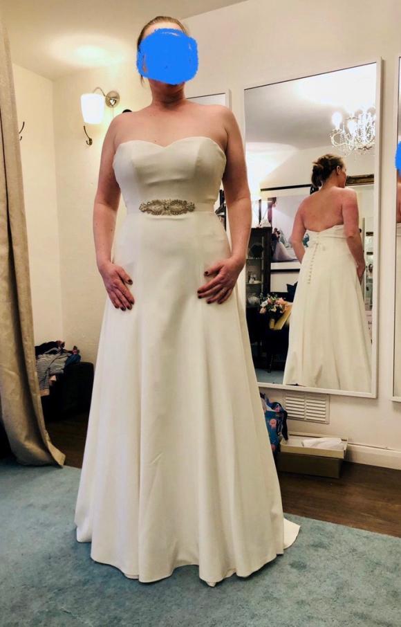Sassi Holford | Wedding Dress | Aline | C2434