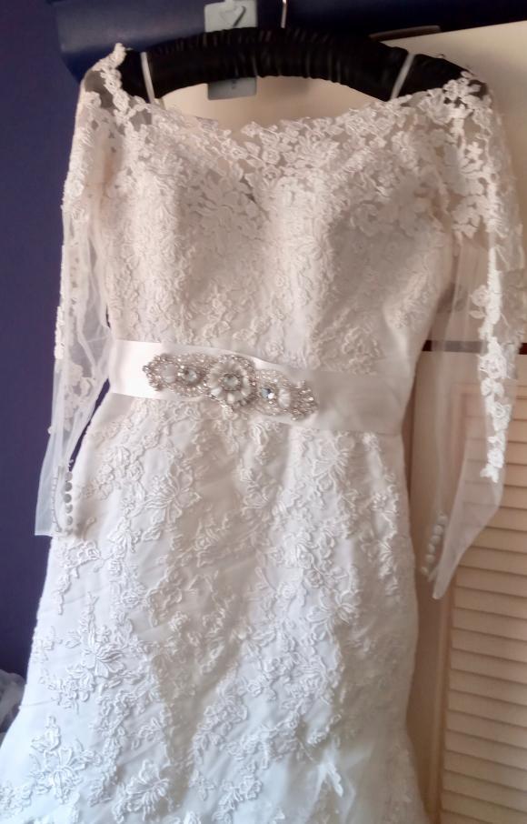 Ronald Joyce | Wedding Dress | Fit to Flare | C2424