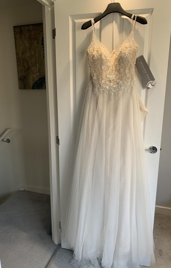 Jennifer Wren   Wedding Dress   Aline   C2420