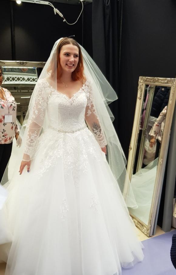 Jessica Grace  | Wedding Dress | Princess | C2506