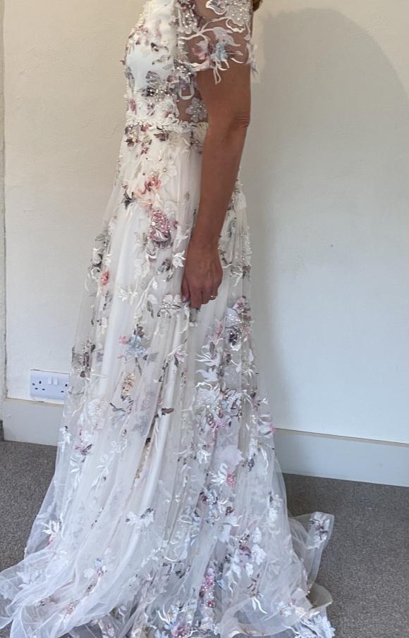 Savin London | Wedding Dress | Fit to Flare | C2398