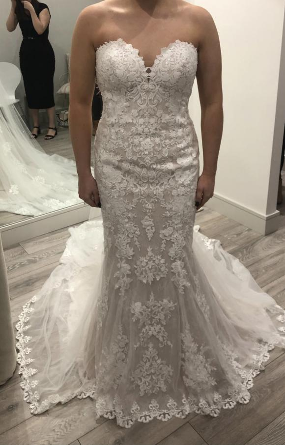 Stella York | Wedding Dress | Fishtail | C2386