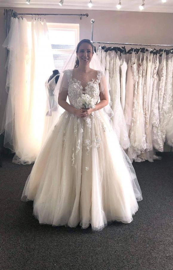 Madeline Gardner   Wedding Dress   Aline   C2538