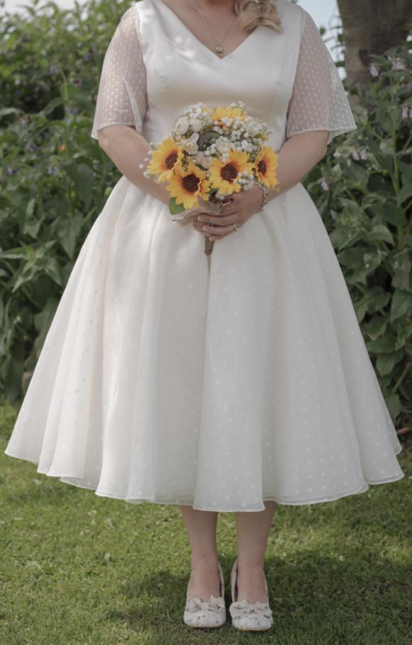 Lou Lou | Wedding Dress | Tea Length | C2443
