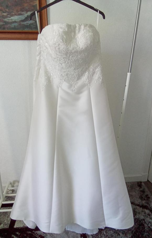 Anna Sorrano | Wedding Dress | Aline | C2440