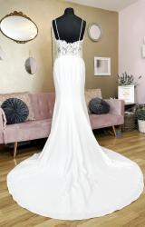 Enzoani | Wedding Dress | Fit to Flare | W1171L
