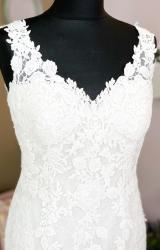 Louise Bentley | Wedding Dress | Fit to Flare | W1073L