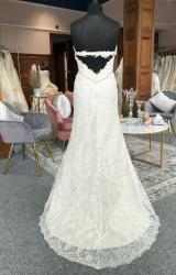 Terry Fox | Wedding Dress | Fit to Flare | G87