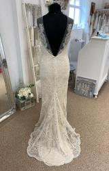 Catherine Deane | Wedding Dress | Fit to Flare | LE411M