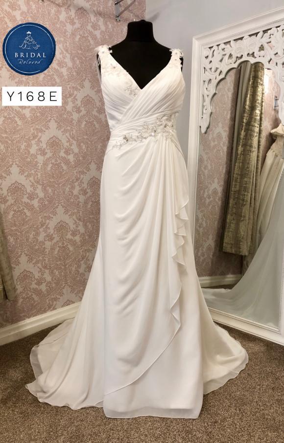 Rosetta Nicolini   Wedding Dress   Fit to Flare   Y168E