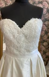 Ivory and Co   Wedding Dress   Aline   WN132D