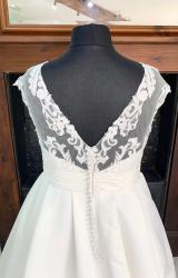 Terra Bridal | Wedding Dress | Aline | SH229T