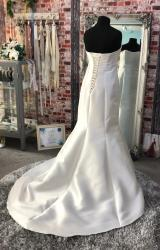 Eternally Yours   Wedding Dress   Fit to Flare   CA266G