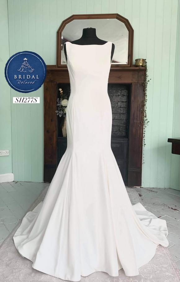 Louise Bentley   Wedding Dress   Fit to Flare   SH277S