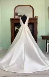 Sassi Holford | Wedding Dress | Aline | SH282S