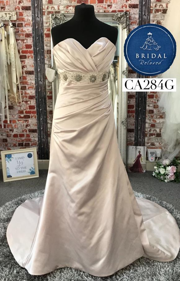 Eternally Yours   Wedding Dress   Fit to Flare   CA284G