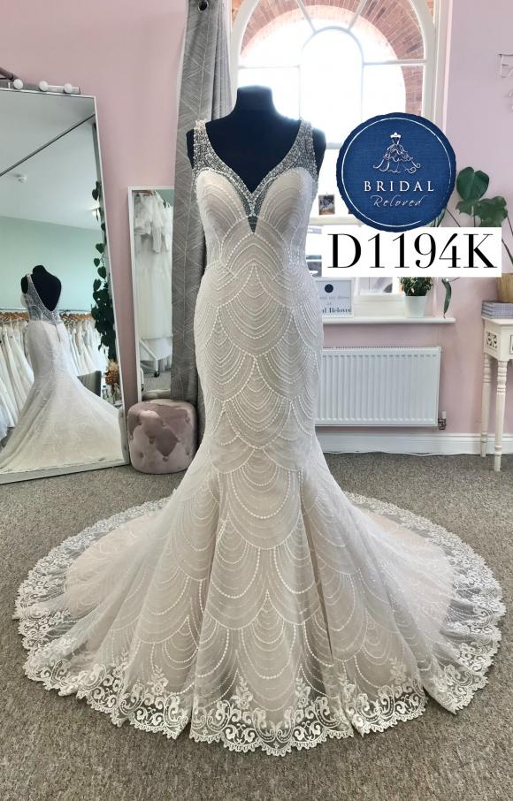 Nicole Milano   Wedding Dress   Fit to Flare   D1194K