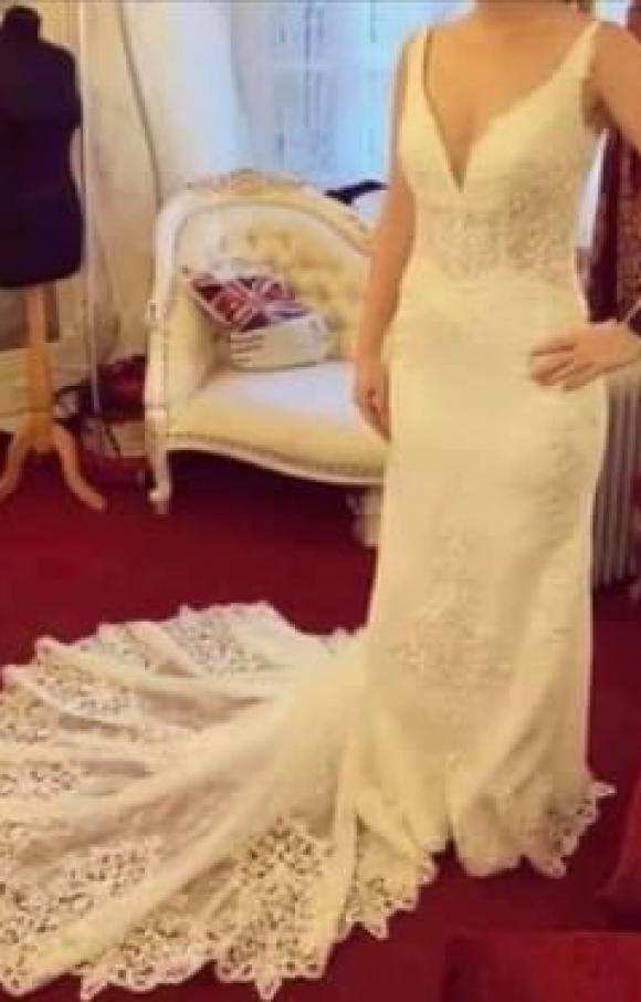 Elegance Bridal Studio | Wedding Dress | Fit to Flare | C2432