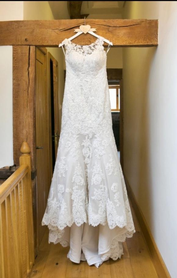 Martina Liana | Wedding Dress | Fit to flare | C2416