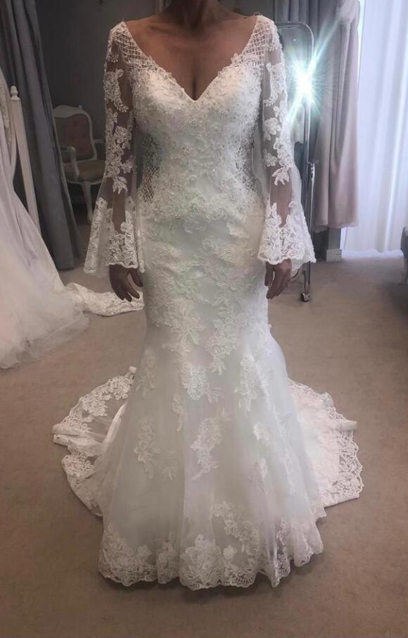Ronald Joyce | Wedding Dress | Fit to Flare | C2389