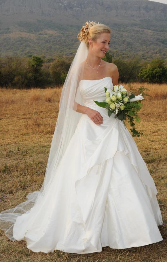 Alan Hannah | Wedding Dress | Aline | C2406