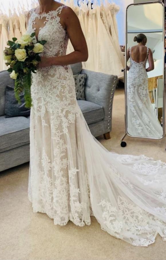 Essense of Australia | Wedding Dress | Fit to Flare | C2407