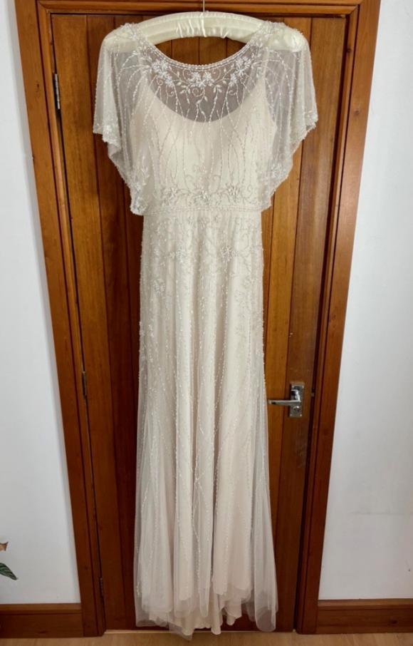 Ellis Bridal | Wedding Dress | Column | C2423