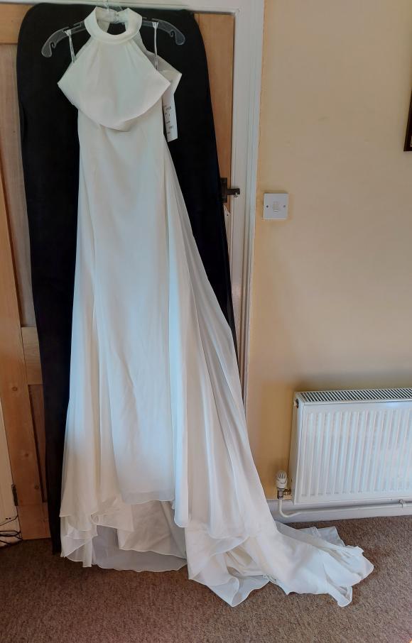 Sophia Tolli   Wedding Dress   Fit to Flare   C2402