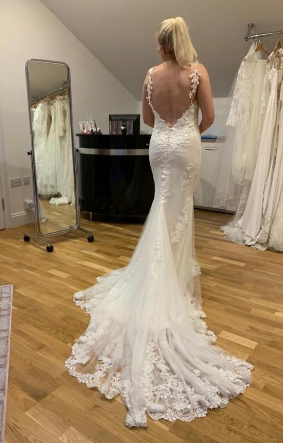 Aire Barcelona | Wedding Dress | Fit to Flare | C2373