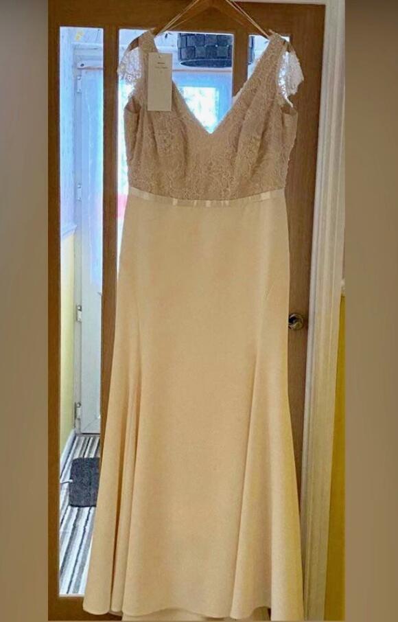 Nicola Anne | Wedding Dress | Fit to Flare | C2517