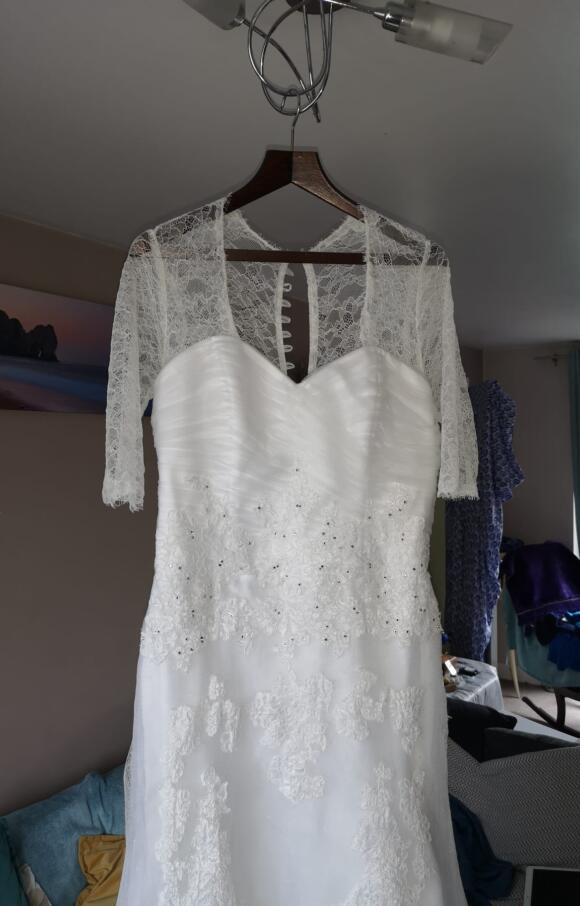 Forever Yours   Wedding Dress   Fishtail   C2564