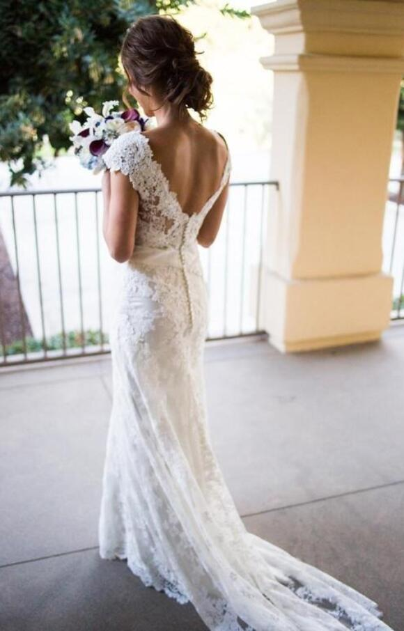 Allure | Wedding Dress | Fit to Flare | C2559