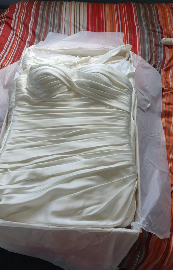 Essense | Wedding Dress | Aline | C2571