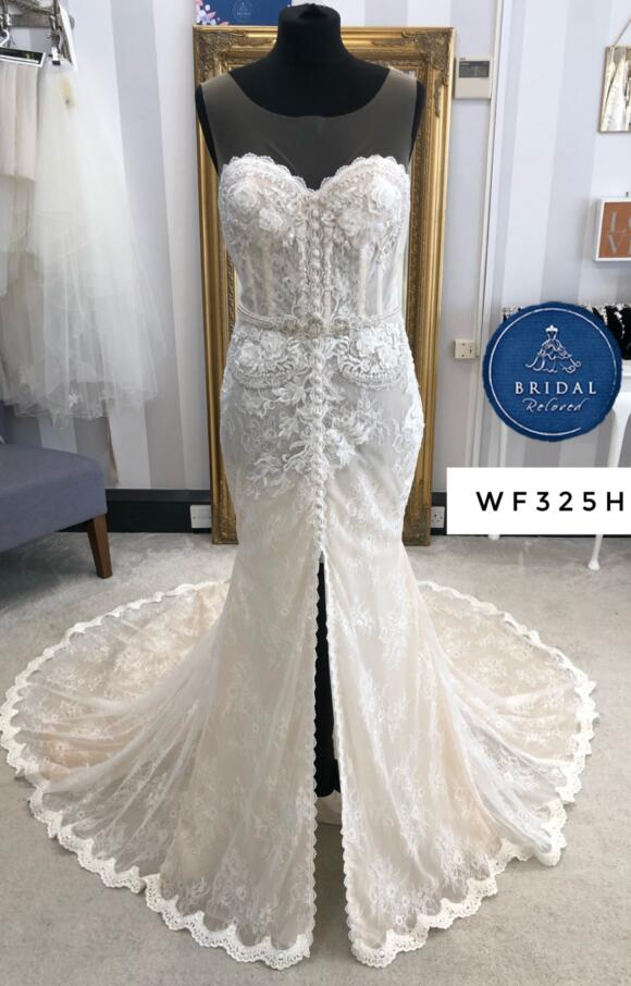 White April | Wedding Dress | Fit to Flare | WF325H