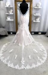 Stella York   Wedding Dress   Fit to Flare   WF350H