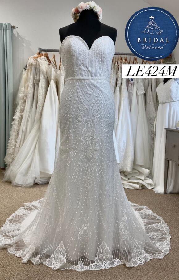 Enchanting | Weddign Dress Fit to Flare | LE424M
