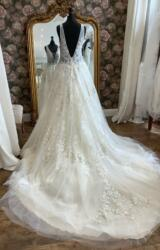 Nicole Spose | Wedding Dress | Aline | WN138D