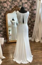 Lusan Mandongus   Wedding Dress   Column   WN141D