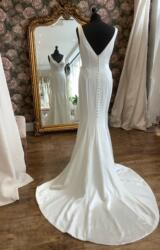 Sassi Holford | Wedding Dress | Fit to Flare | WN145D