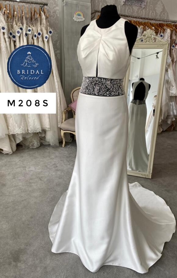 Alan Hannah | Wedding Dress | Fit to Flare | M208S