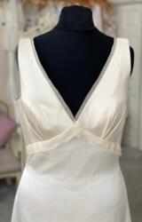 Alan Hannah | Wedding Dress | Empire | M209S
