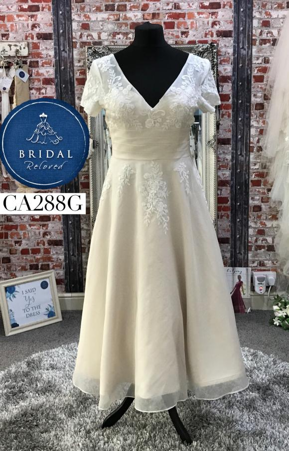 Freda Bennet | Wedding Dress | Tea Length | CA288G