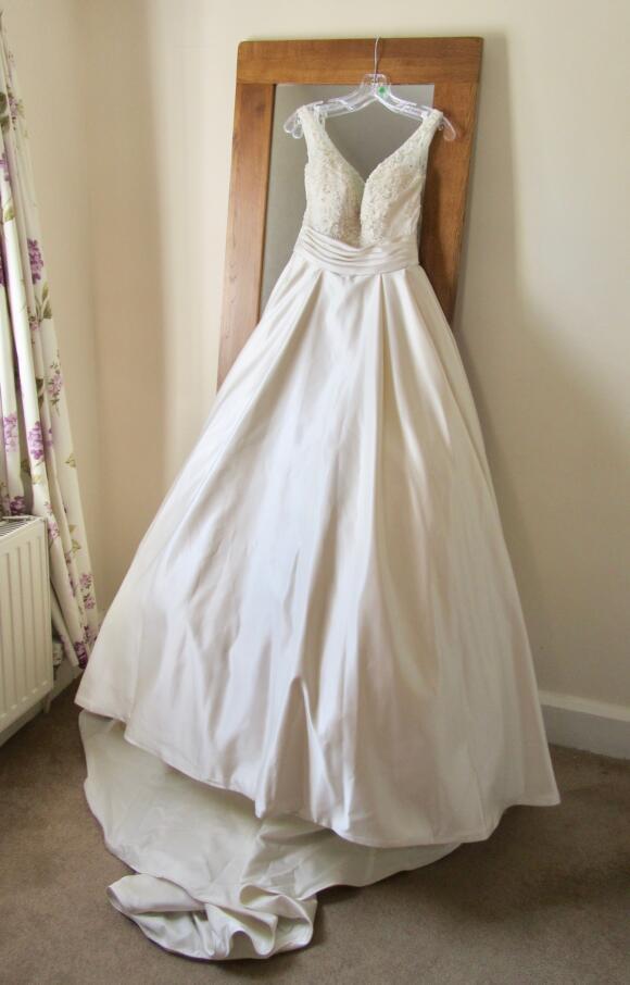 Stella York   Wedding Dress   Ballgown   C2498