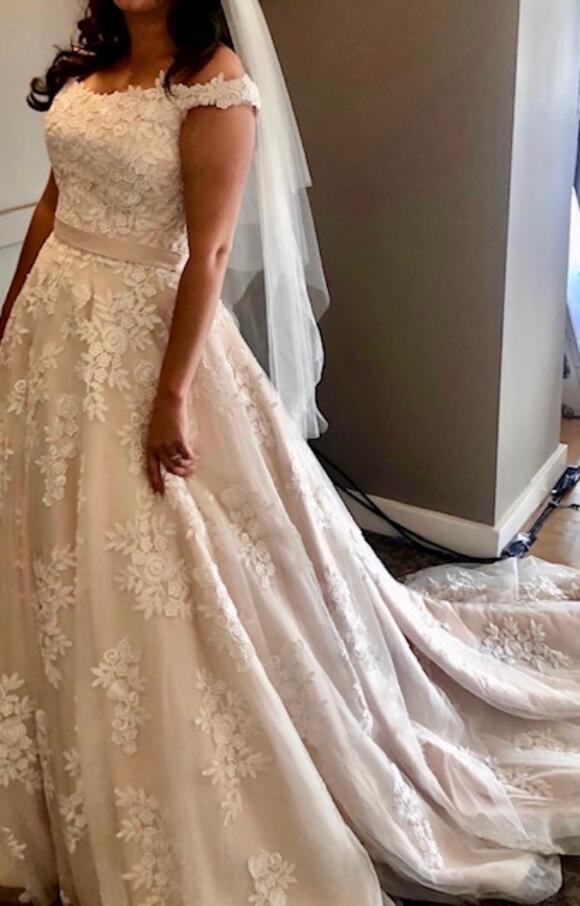 Eternity Bridal   Wedding Dress   Aline   C2561