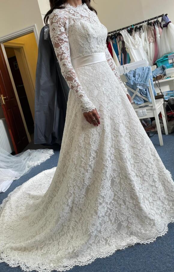 White Rose | Wedding Dress | Aline | C2593